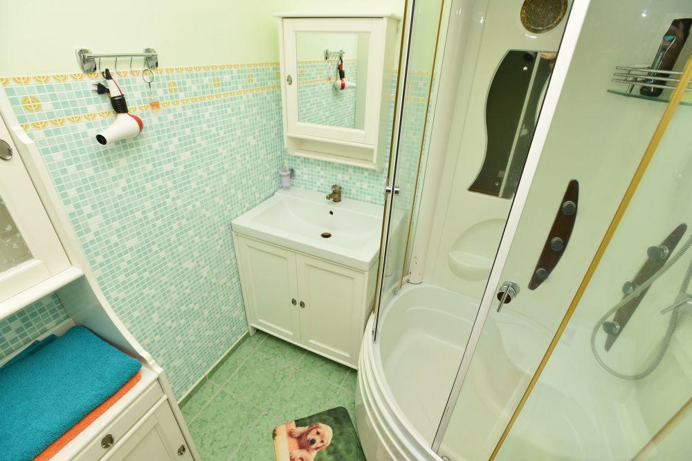 Екатеринбург — 2-комн. квартира, 67 м² – Кузнецова, 7 (67 м²) — Фото 1