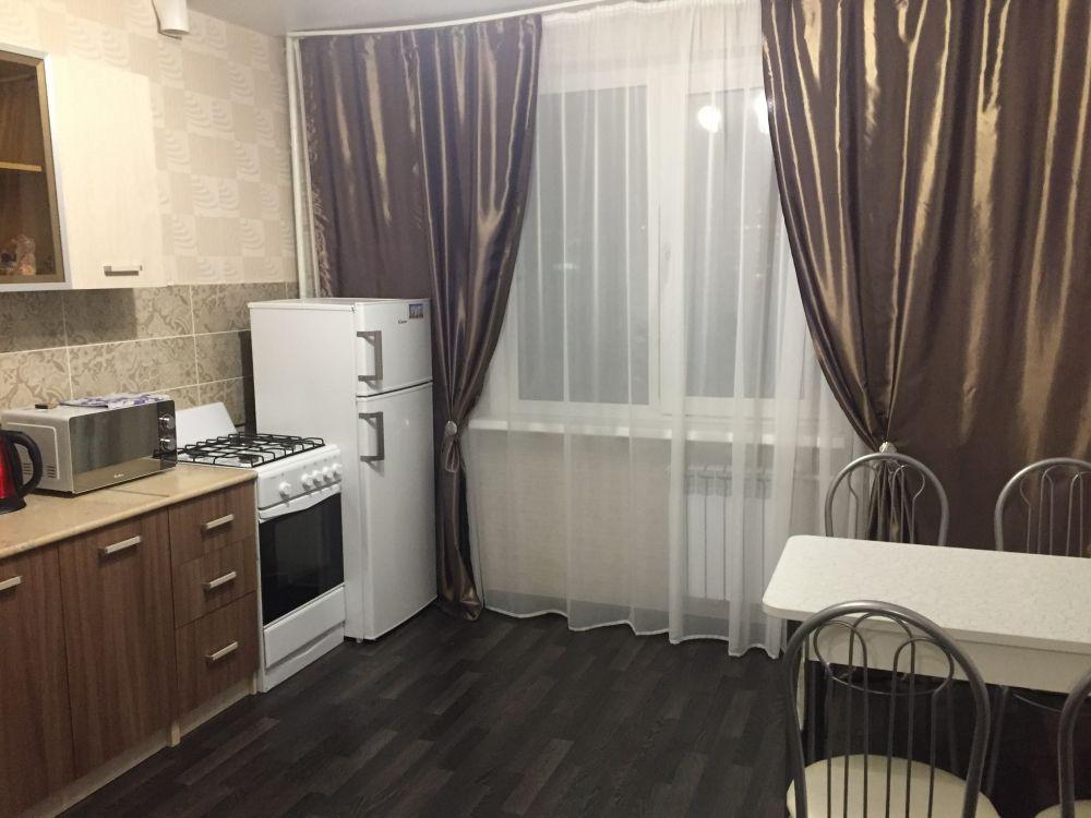 Саратов — 1-комн. квартира, 40 м² – Тархова, 43 (40 м²) — Фото 1