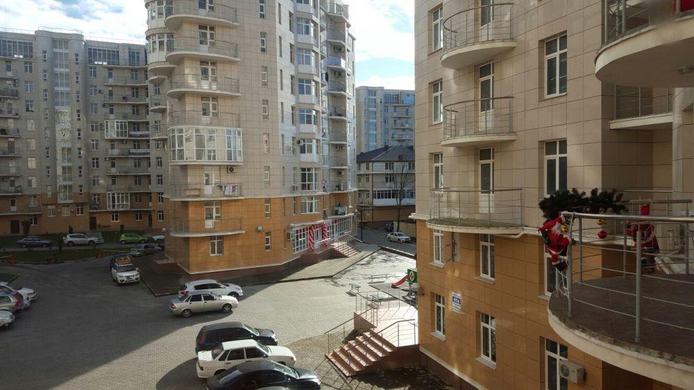 Сочи — 1-комн. квартира, 38 м² – Тюльпанов, 41 (38 м²) — Фото 1