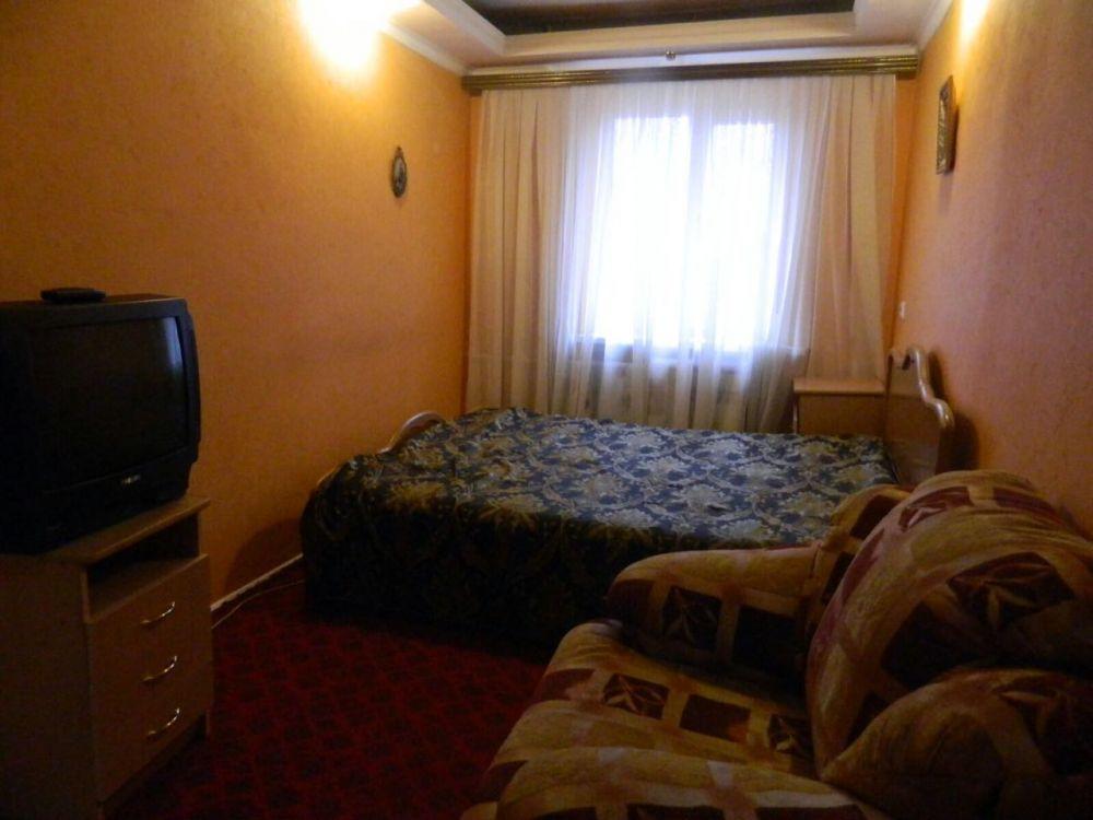 Краснодар — 3-комн. квартира, 70 м² – Офицерская, 43 (70 м²) — Фото 1