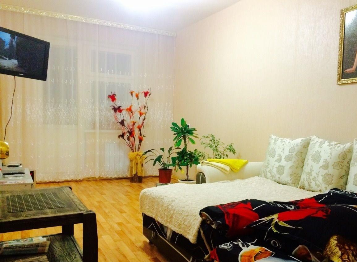 Смоленск — 1-комн. квартира, 46 м² – Матросова 5а (Свободна для хороших людей) (46 м²) — Фото 1