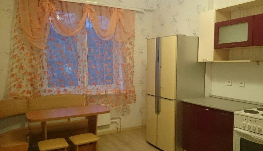 Киров — 1-комн. квартира, 42 м² – Володарского, 208 (42 м²) — Фото 1