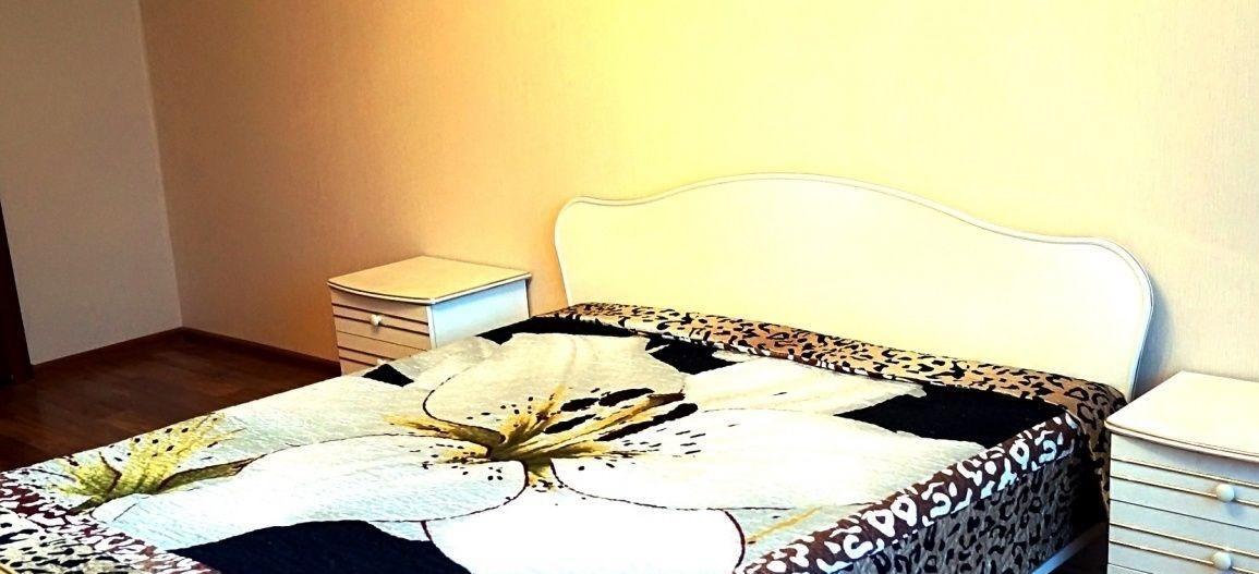 Саратов — 3-комн. квартира, 83 м² – Скоморохова, 15 (83 м²) — Фото 1