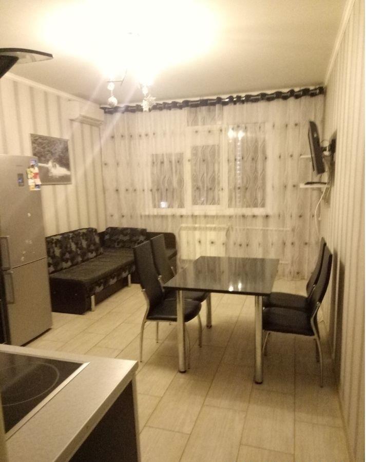 Оренбург — 2-комн. квартира, 73 м² – Транспортная, 18/2 (73 м²) — Фото 1