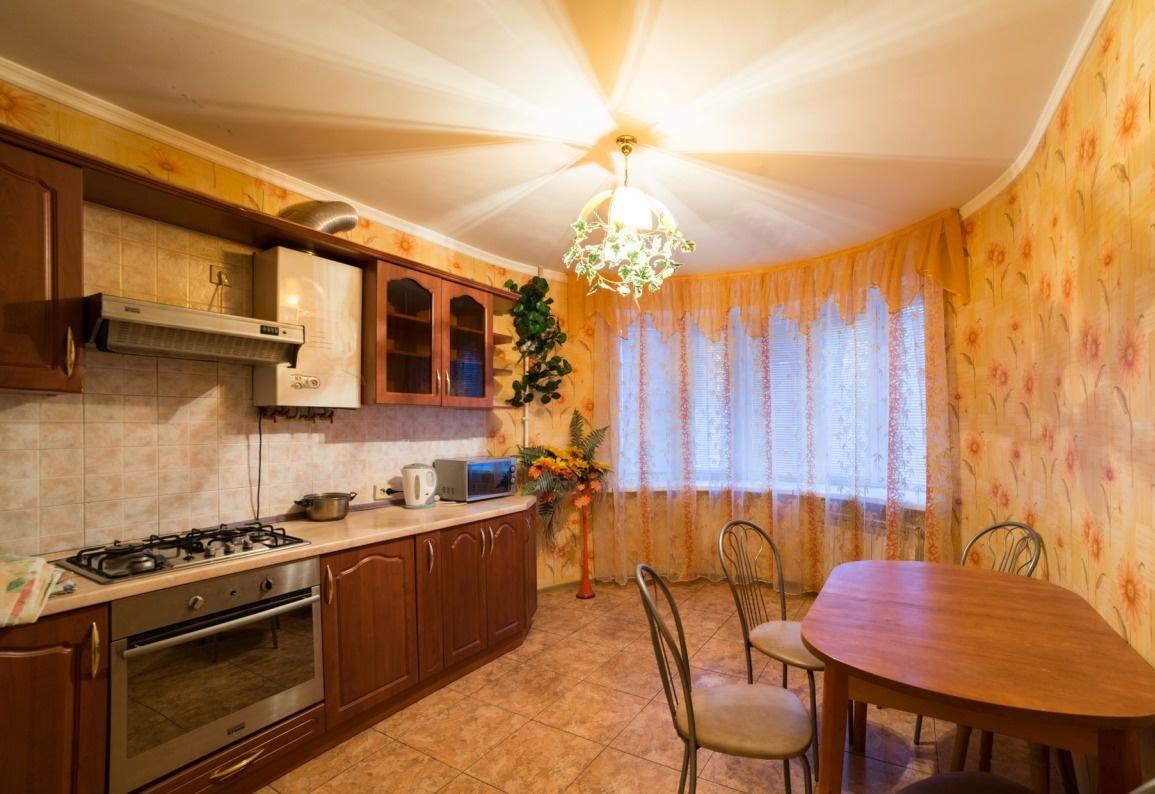 Астрахань — 2-комн. квартира, 80 м² – Ахшарумова, 3 (80 м²) — Фото 1
