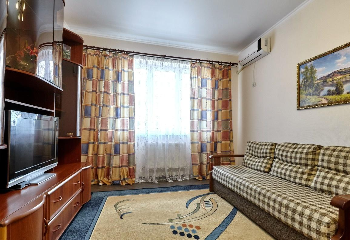 Краснодар — 1-комн. квартира, 52 м² – Казбекская, 15 (52 м²) — Фото 1