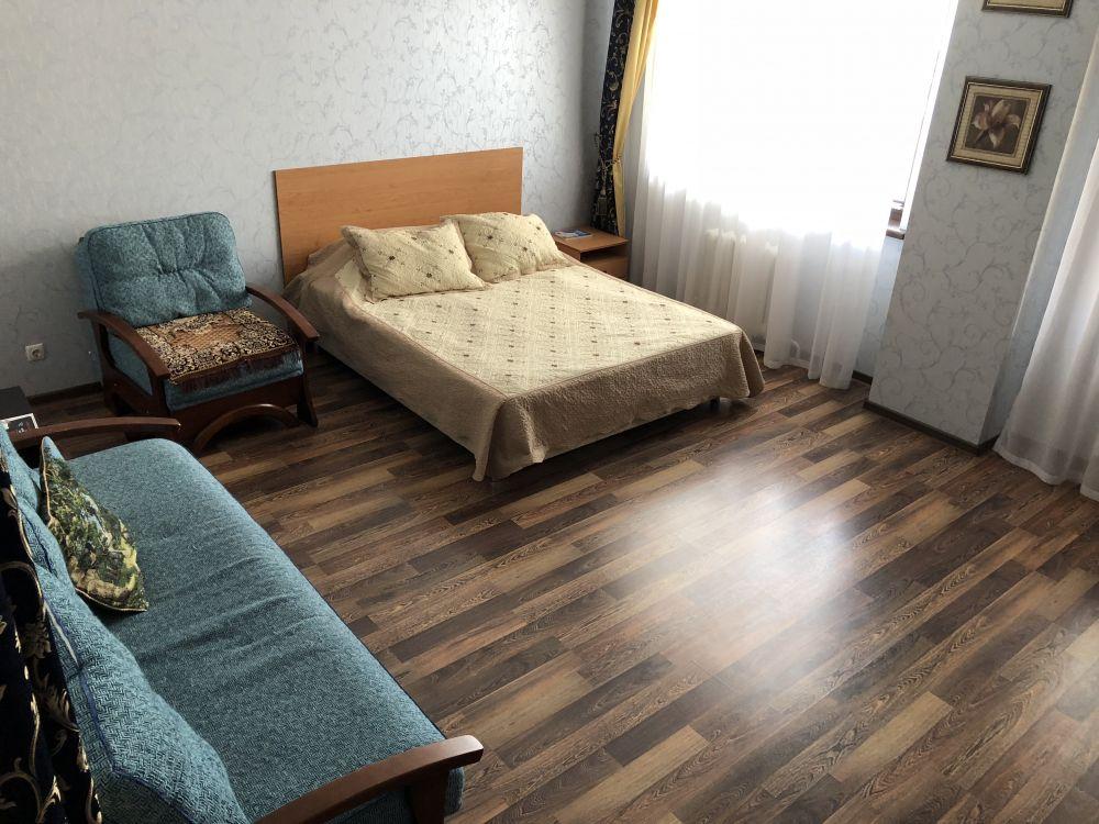 Краснодар — 1-комн. квартира, 63 м² – Комсомольская, 4 (63 м²) — Фото 1