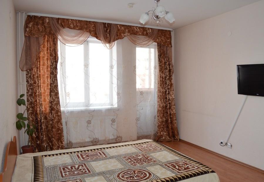 Ижевск — 1-комн. квартира, 45 м² – Чугуевского, 9 (45 м²) — Фото 1