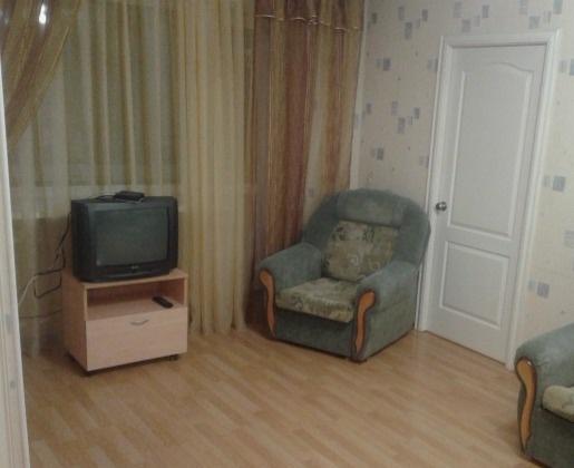 Ижевск — 2-комн. квартира, 44 м² – Коммунаров, 222 (44 м²) — Фото 1