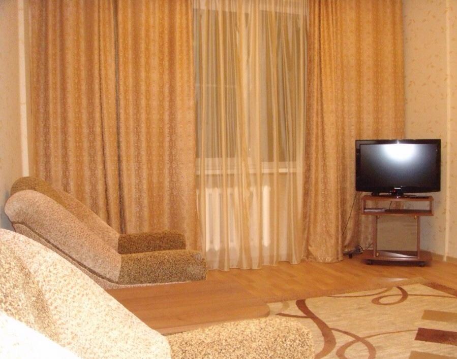 Ижевск — 1-комн. квартира, 40 м² – Ленина (40 м²) — Фото 1