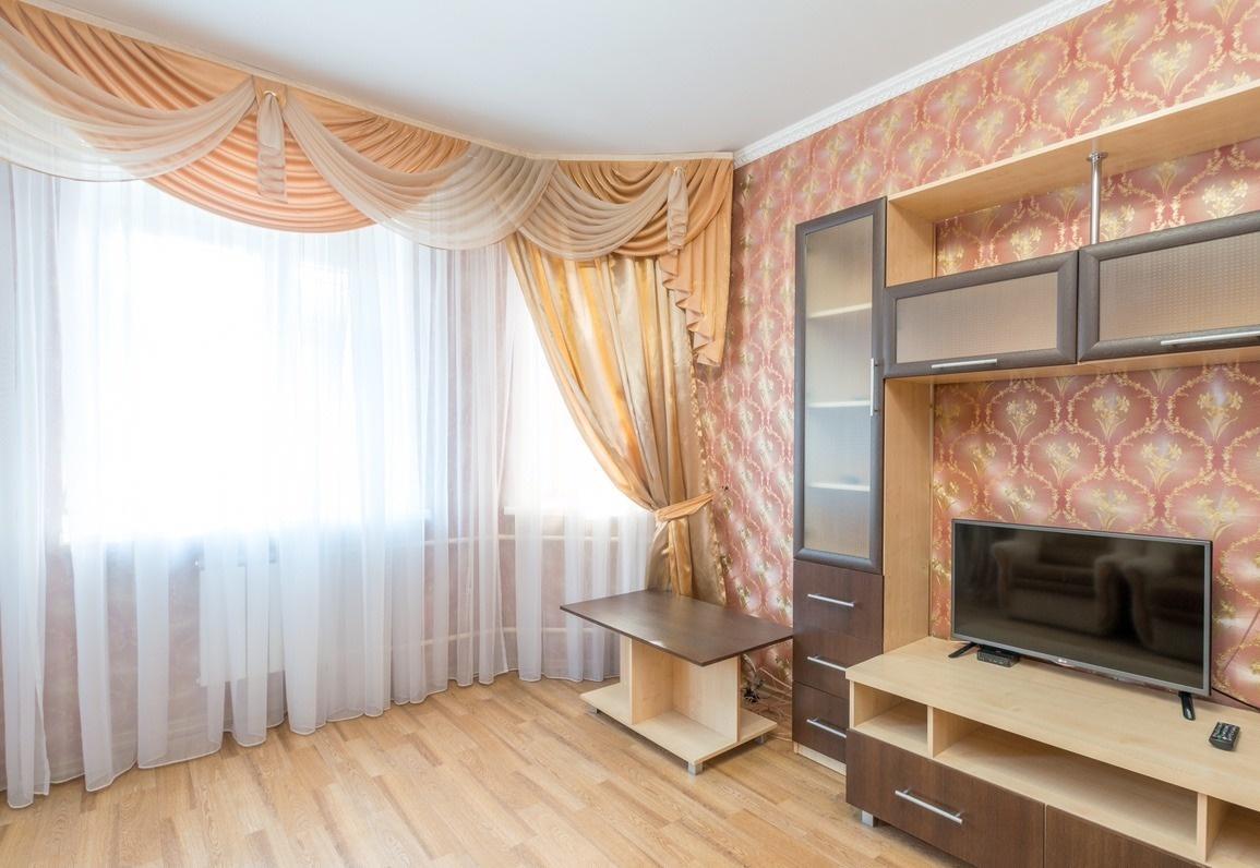 Казань — 1-комн. квартира, 55 м² – Товарищеская, 34 (55 м²) — Фото 1