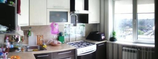Омск — 2-комн. квартира, 56 м² – 10 лет Октября, 113 (56 м²) — Фото 1