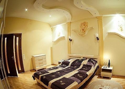 Тюмень — 2-комн. квартира, 80 м² – Севастопольская, 4 (80 м²) — Фото 1