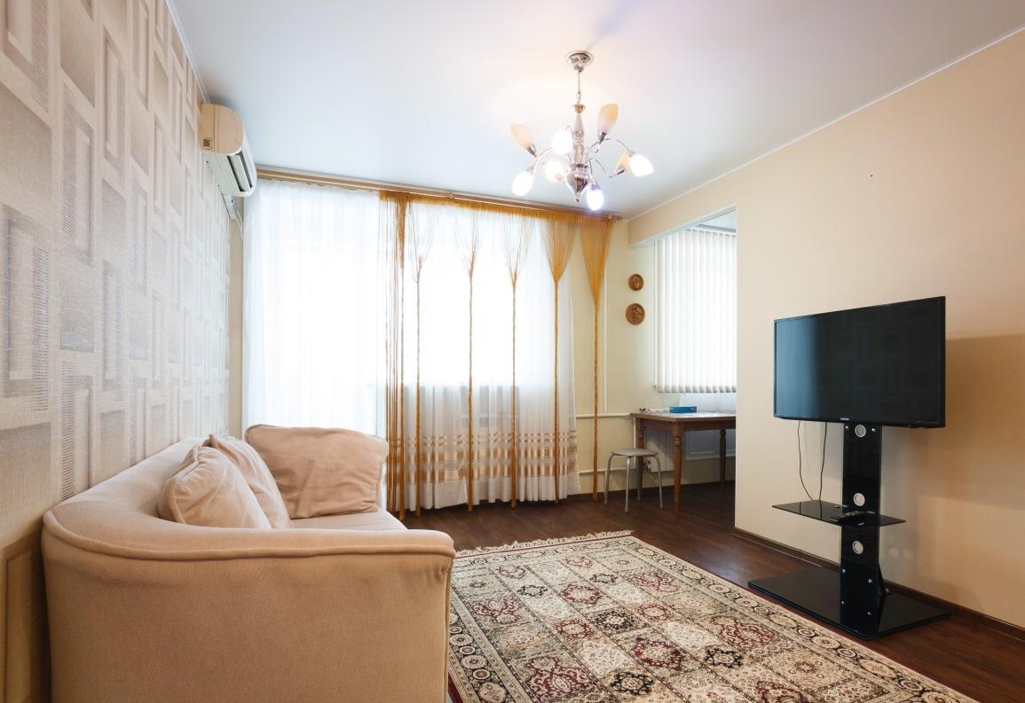 Хабаровск — 2-комн. квартира, 45 м² – Тургенева, 62 (45 м²) — Фото 1