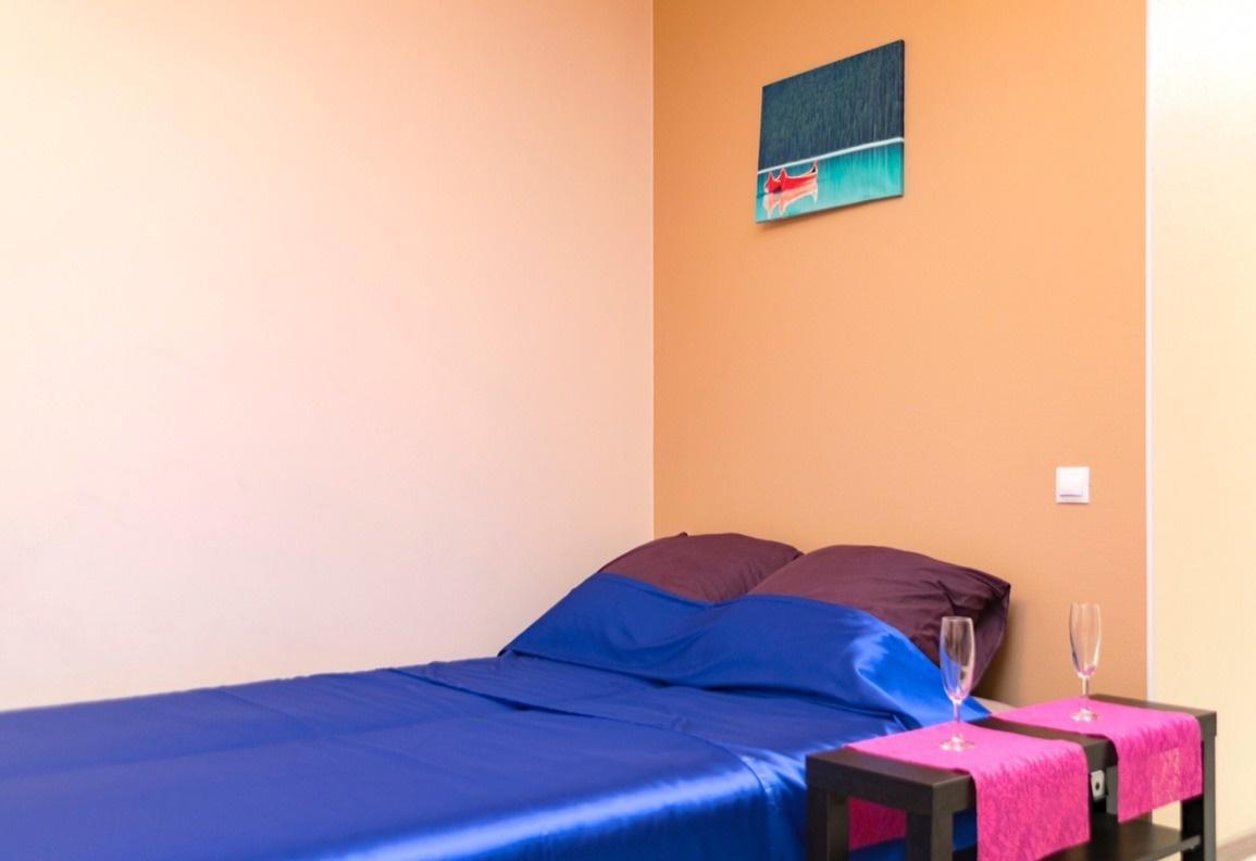 Екатеринбург — 1-комн. квартира, 48 м² – 8 Марта, 190 (48 м²) — Фото 1