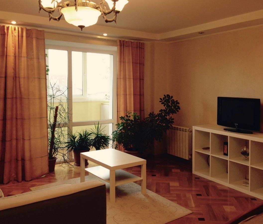 Екатеринбург — 1-комн. квартира, 54 м² – Улица (54 м²) — Фото 1