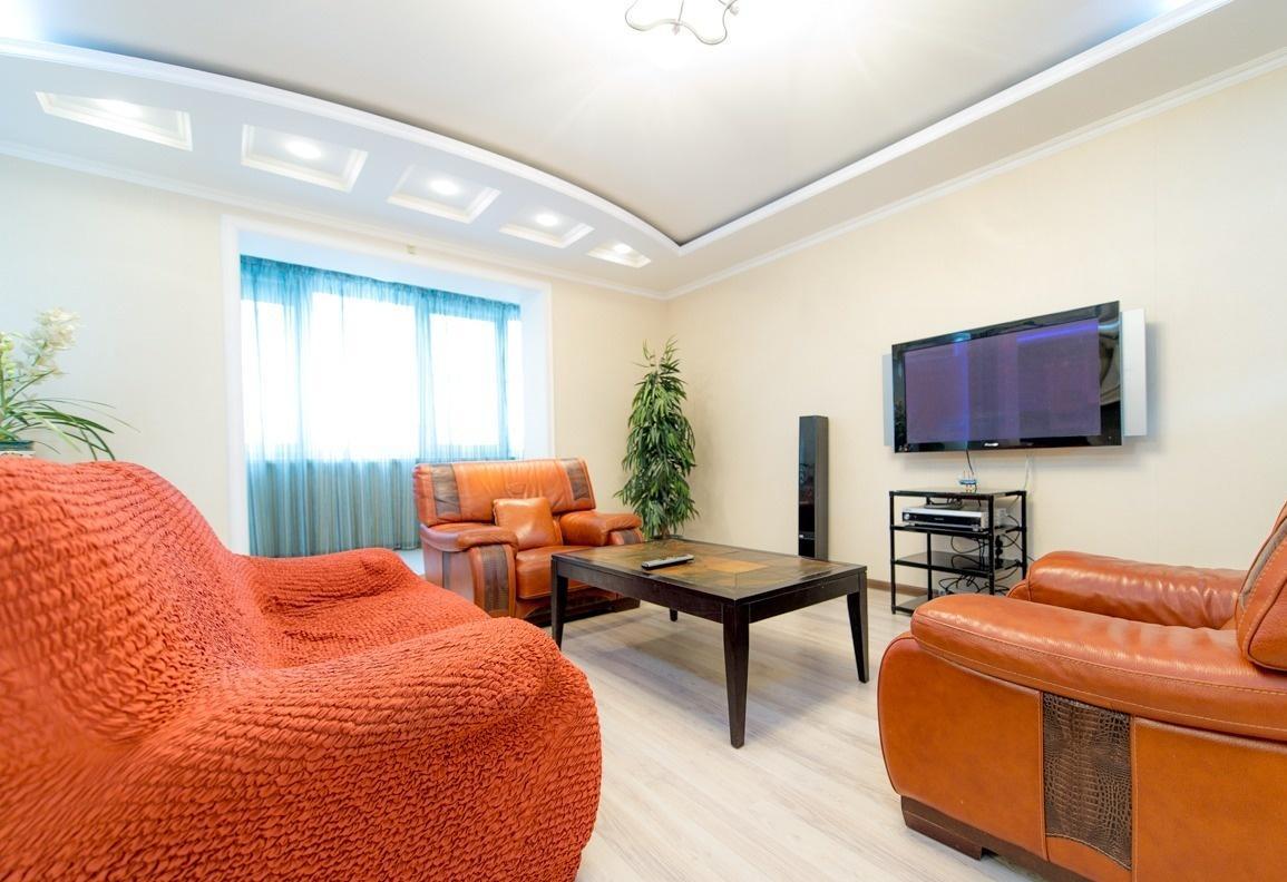 Челябинск — 4-комн. квартира, 140 м² – Монакова, 33 (140 м²) — Фото 1