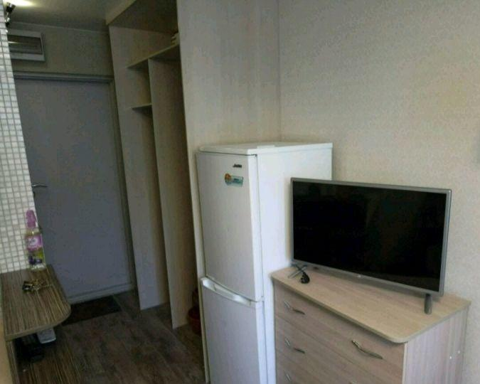 Владивосток — 1-комн. квартира, 18 м² – Окатовая, 20 (18 м²) — Фото 1