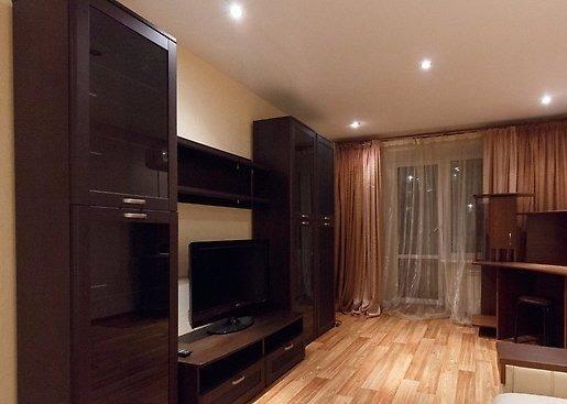 Владивосток — 2-комн. квартира, 52 м² – Русская, 55а (52 м²) — Фото 1