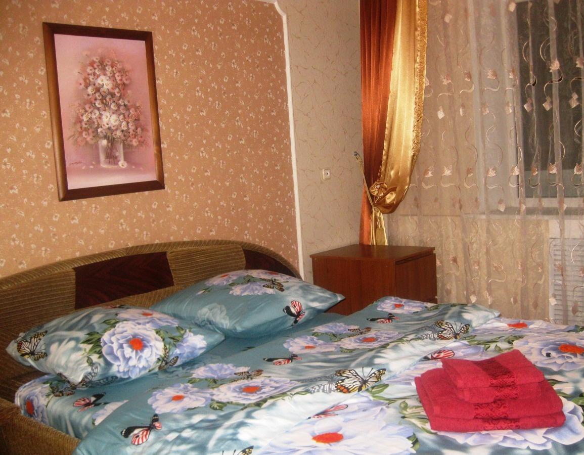 Псков — 3-комн. квартира, 80 м² – Комиссаровский пер, 7А (80 м²) — Фото 1
