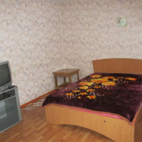 1-комнатная квартира, этаж 1/4, 45 м²