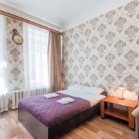 1-комнатная квартира, этаж 1/4, 50 м²