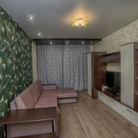 1-комнатная квартира, этаж 1/10, 42 м²