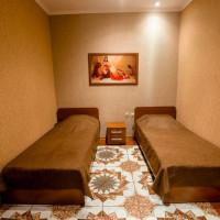 2-комнатная квартира, этаж 1/8, 42 м²