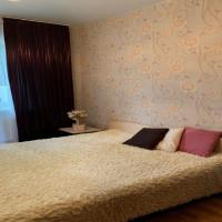 2-комнатная квартира, этаж 1/10, 72 м²