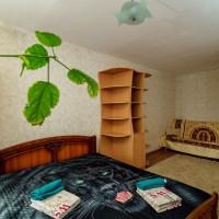 Квартира, этаж 2/10, 42 м²