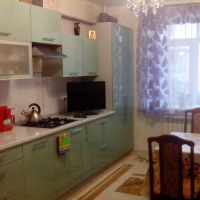1-комнатная квартира, этаж 1/3, 48 м²