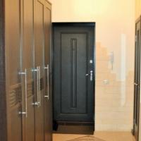 3-комнатная квартира, этаж 1/3, 80 м²
