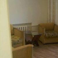 2-комнатная квартира, этаж 3/3, 48 м²
