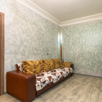 2-комнатная квартира, этаж 2/5, 75 м²