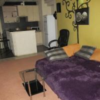 2-комнатная квартира, этаж 1/4, 70 м²