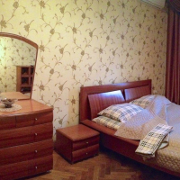 1-комнатная квартира, этаж 3/5, 46 м²