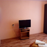 2-комнатная квартира, этаж 3/17, 77 м²