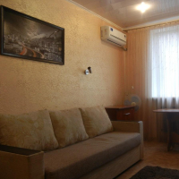 2-комнатная квартира, этаж 1/3, 48 м²