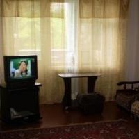 3-комнатная квартира, этаж 1/10, 80 м²