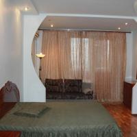 1-комнатная квартира, этаж 2/12, 53 м²