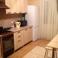 2-комнатная квартира, этаж 3/10, 64 м²