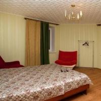2-комнатная квартира, этаж 3/10, 70 м²