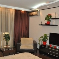 1-комнатная квартира, этаж 3/10, 45 м²