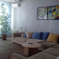 3-комнатная квартира, этаж 3/3, 90 м²