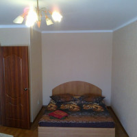 1-комнатная квартира, этаж 2/10, 38 м²