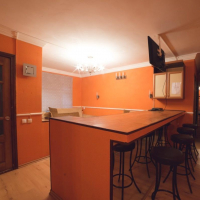 3-комнатная квартира, этаж 1/5, 65 м²