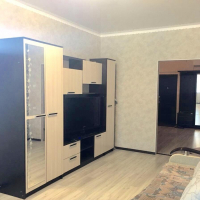2-комнатная квартира, этаж 2/12, 74 м²