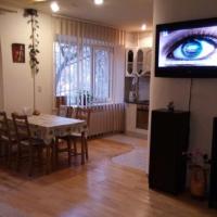 2-комнатная квартира, этаж 2/5, 70 м²