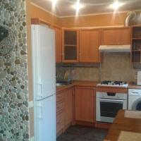 1-комнатная квартира, этаж 2/5, 37 м²