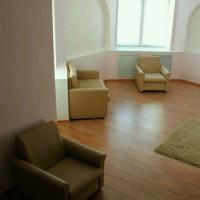 2-комнатная квартира, этаж 8/10, 60 м²